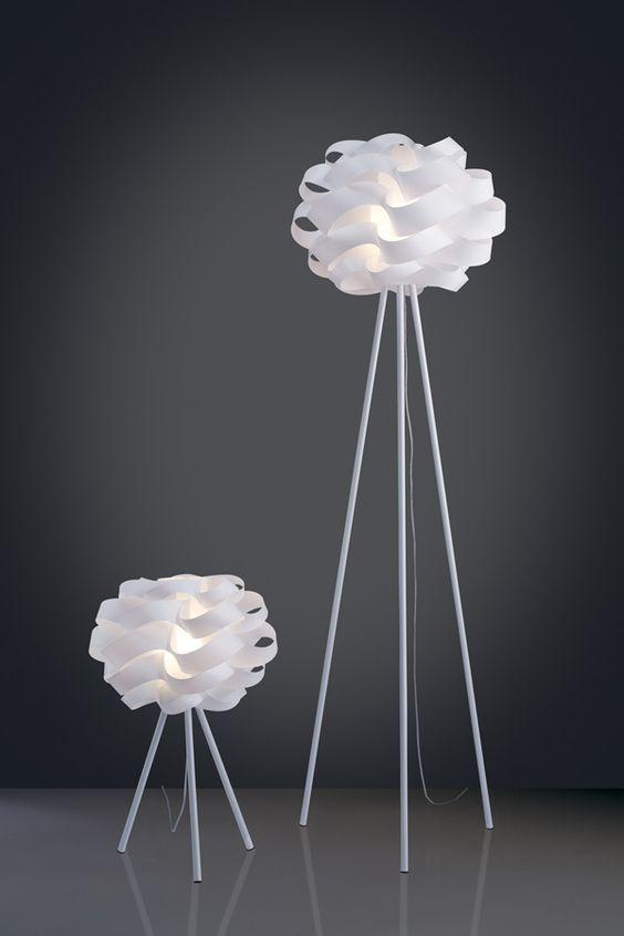 bordlampe med tre bein